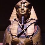 tutankhamun_replica_gold_sarcophagus_rem